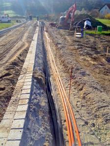 Breitbandverkabelung im Neubaugebiet (orange)